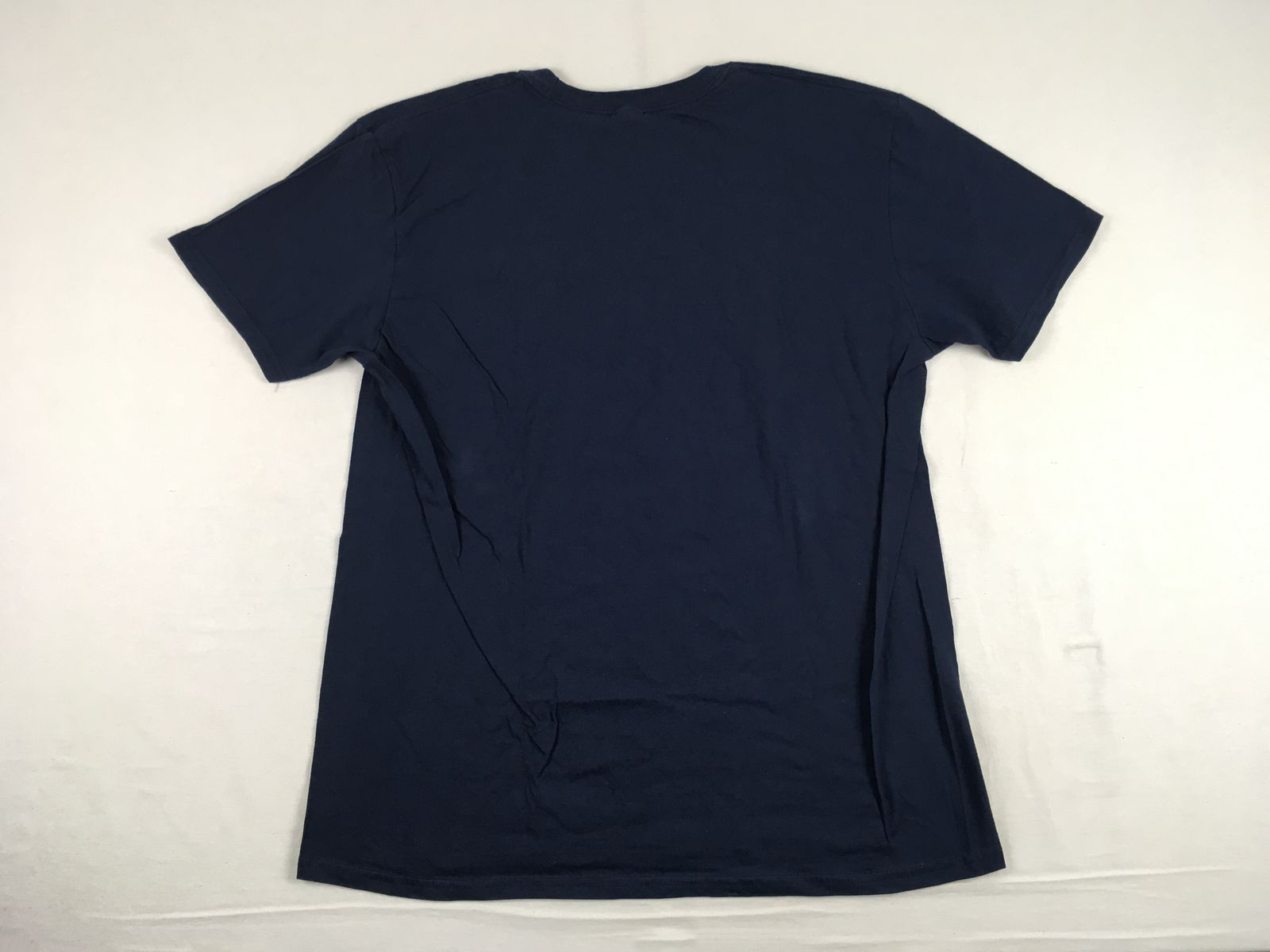 Details about NEW Gildan Cleveland Indians - Navy Cotton Short Sleeve Shirt  (XL) b96b981c45b07