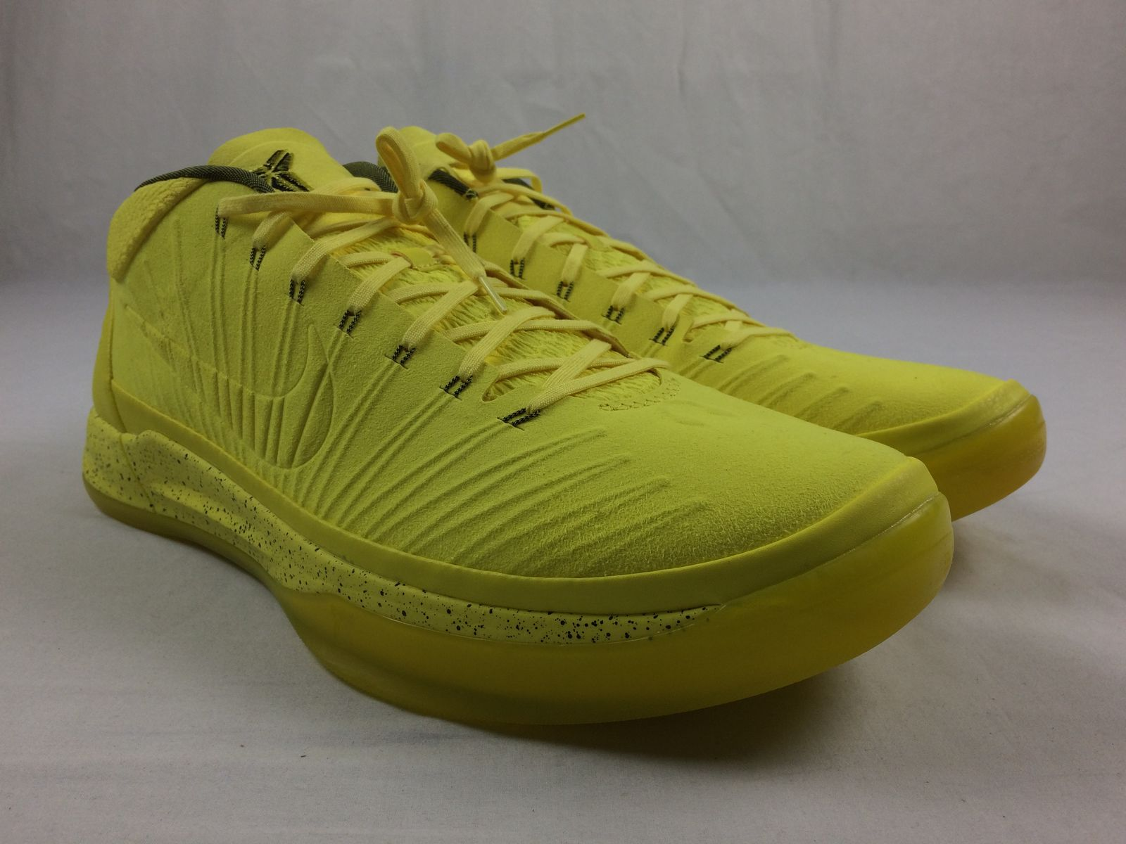 3d6a6ce15a6c Details about NEW Nike Kobe A.D. Sonic Yellow - Yellow Basketball Shoes (Men s  18)