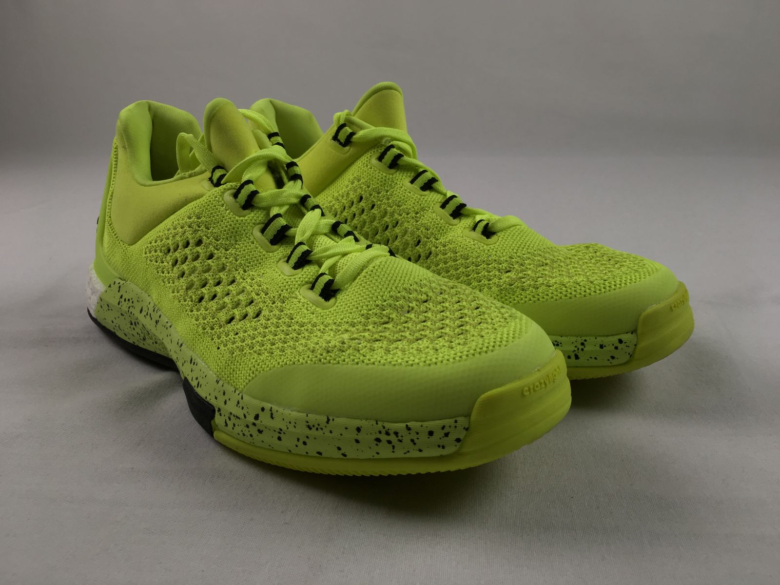 NEW adidas 2018 Crazylight boost - Lime Green Basketball Shoes (Men's 9.5)