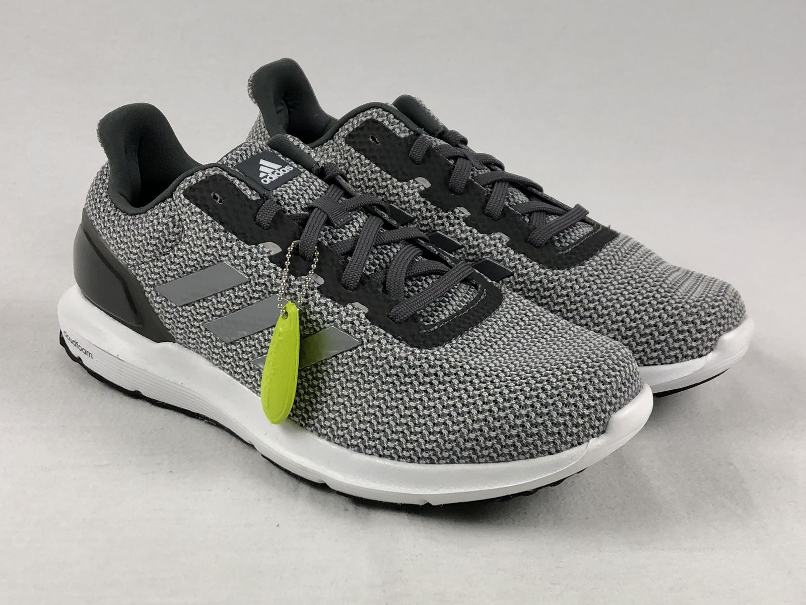 8ba418011857 Details about NEW adidas Cosmic 2 SL - Gray Running