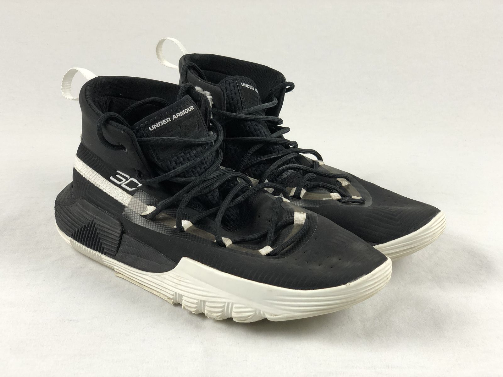 94559ec8fbad Details about Under Armour Curry 3 Zero - Black Basketball Shoes (Men s 8)  - Used