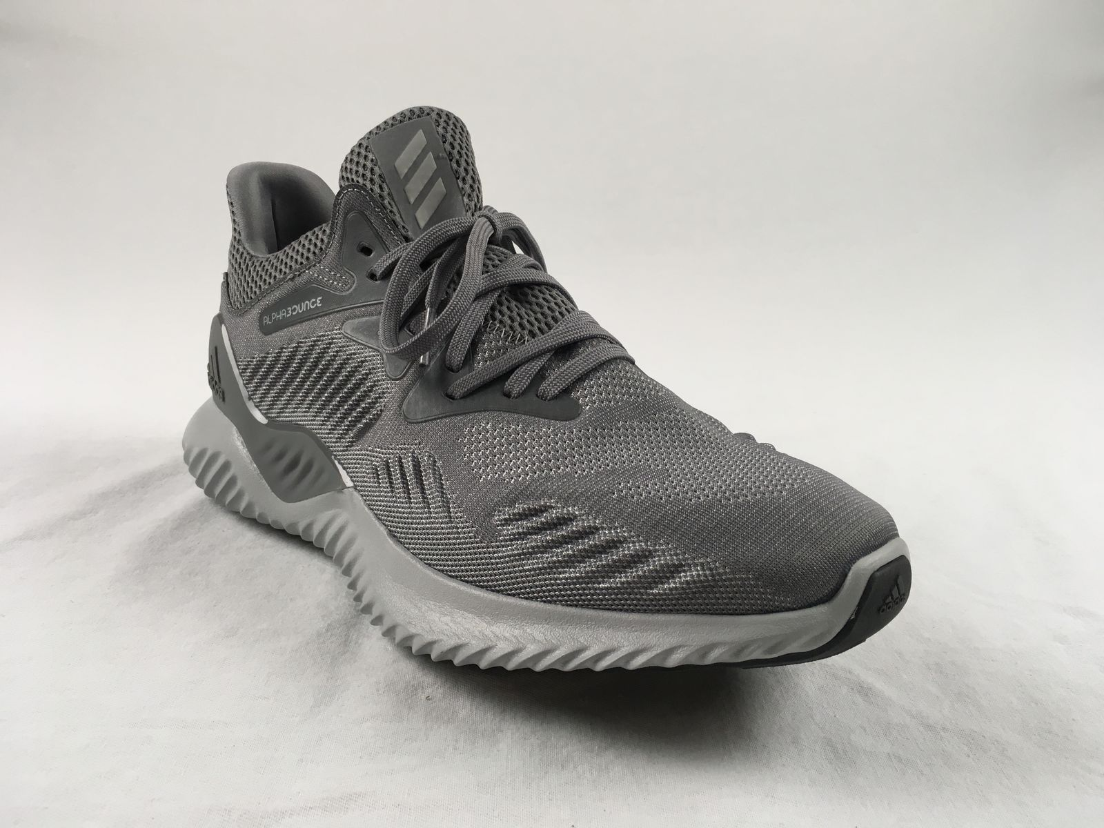 dc55010422c2c NEW adidas Alpha Bounce Single Right Shoe - Gray Basketball